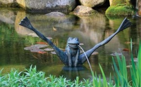Aquascape Crazy Legs Frog Spitter w/pump - Decorative Water Features - Part Number: 78010 - Pond Supplies