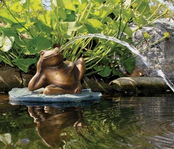 Aquascape Pond Supplies: Lazy Frog on Lily Pad Spitter w/pump   Part Number 78017 Learn more about Aquascape Pond Supplies at SunlandWaterGardens.com